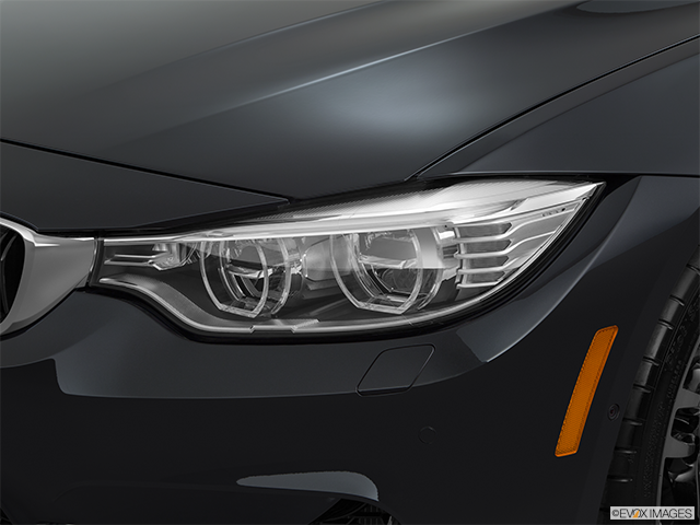 2015 BMW M4 Drivers Side Headlight