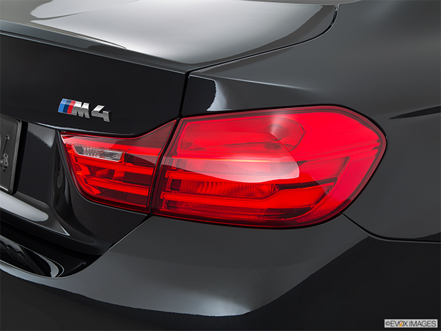 2015 BMW M4 Passenger Side Taillight
