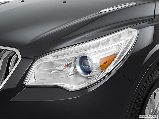 2015 Buick Enclave Drivers Side Headlight