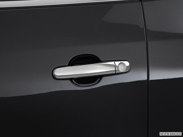 2015 Buick Enclave Drivers Side Door handle