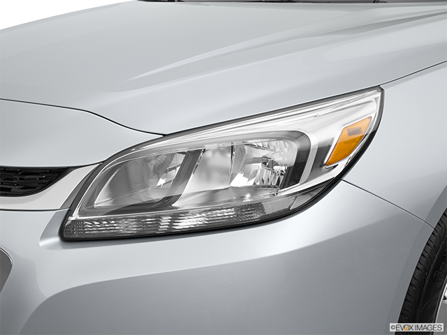 2015 Chevrolet Malibu Drivers Side Headlight