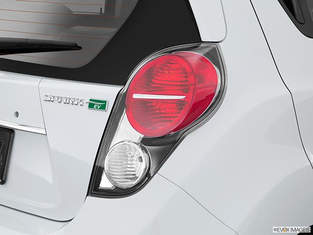 2015 Chevrolet Spark EV Passenger Side Taillight