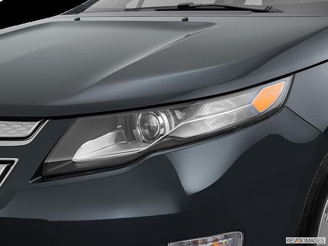 2015 Chevrolet Volt Drivers Side Headlight