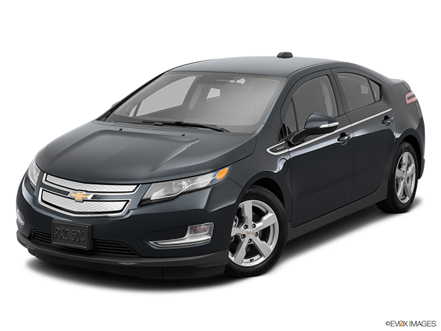2015 Chevrolet Volt Front angle view