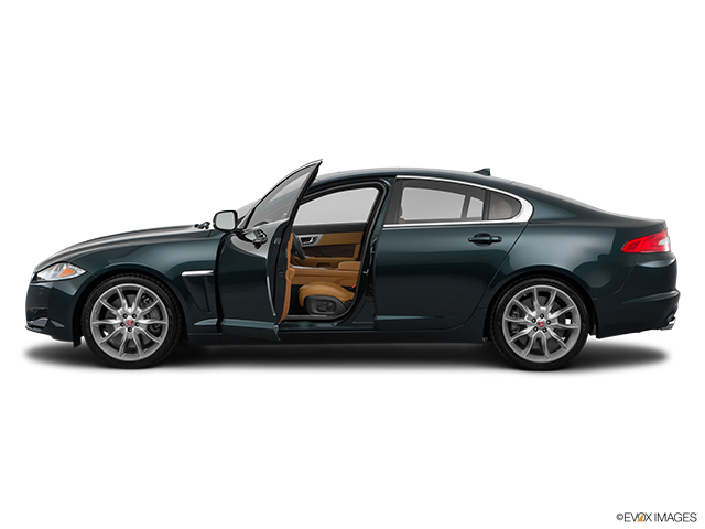2015 Jaguar XF Driver's side profile with drivers side door open