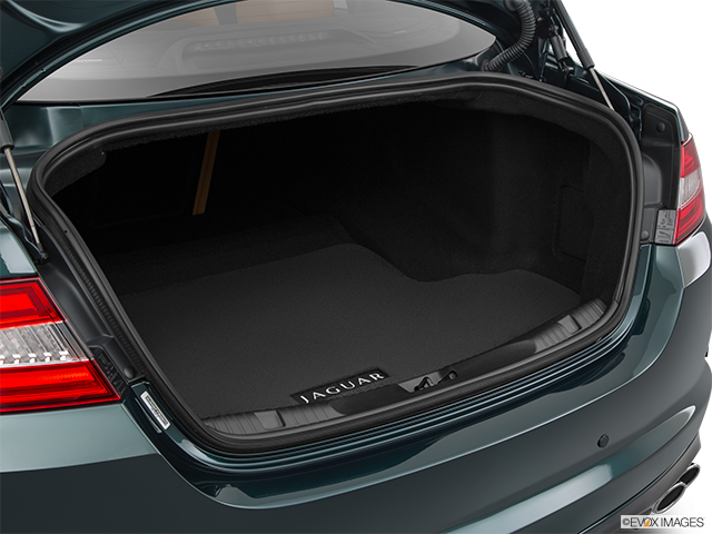 2015 Jaguar XF Trunk open