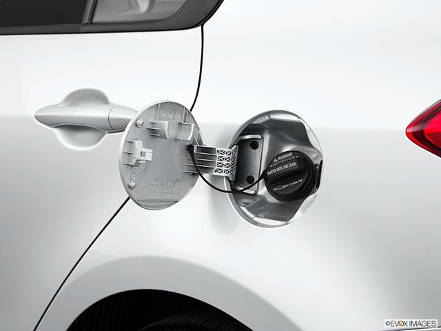 2015 Kia Forte Gas cap open