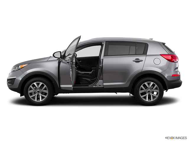 2015 Kia Sportage Driver's side profile with drivers side door open