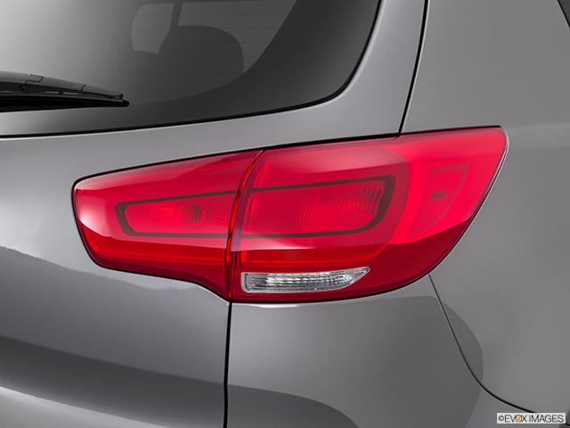 2015 Kia Sportage Passenger Side Taillight