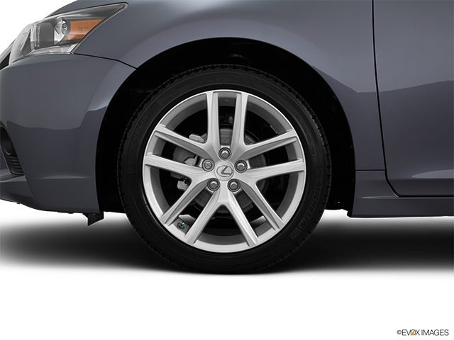 2015 Lexus CT 200h Front Drivers side wheel at profile