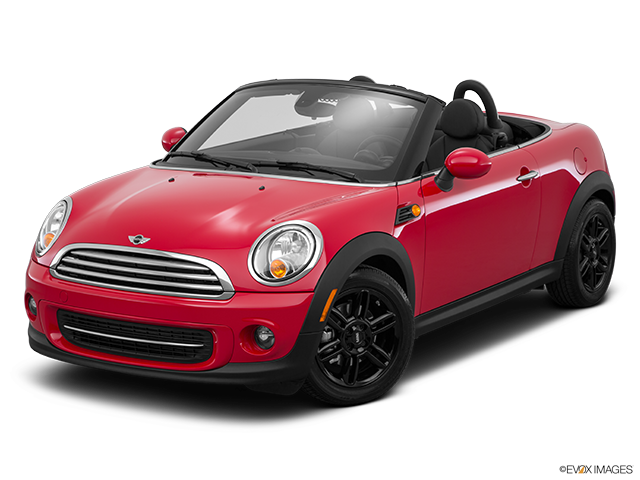 2015 MINI Roadster Front angle view