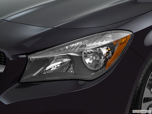 2015 Mercedes-Benz CLA Drivers Side Headlight