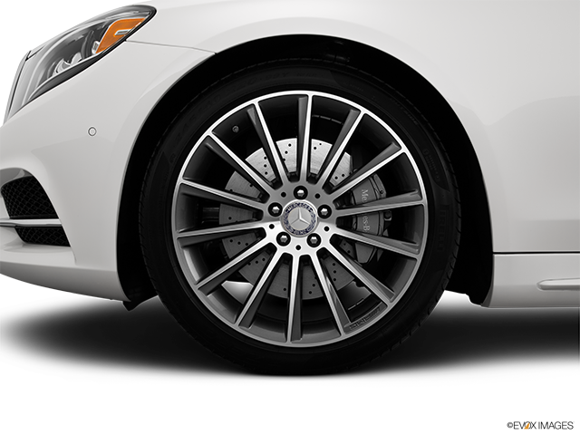 2015 Mercedes-Benz S-Class Front Drivers side wheel at profile