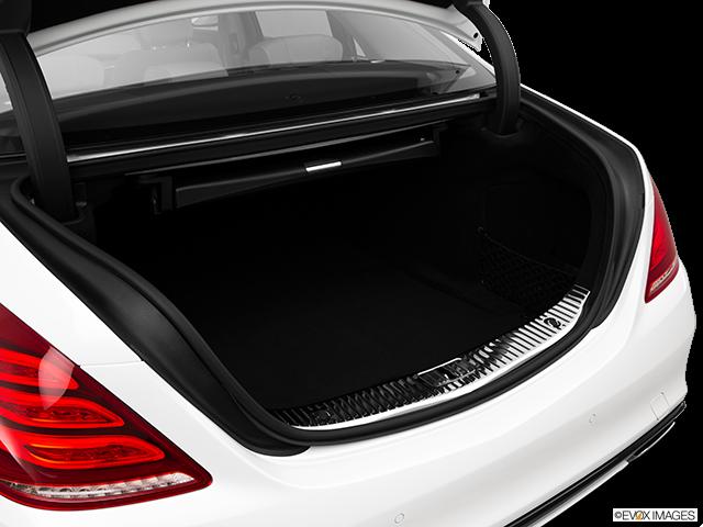 2015 Mercedes-Benz S-Class Trunk open