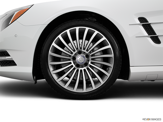 2015 Mercedes-Benz SL-Class Front Drivers side wheel at profile