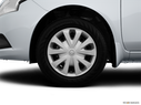 2015 Nissan Versa Front Drivers side wheel at profile