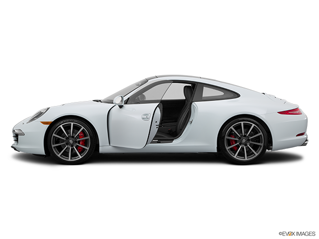 2015 Porsche 911 Driver's side profile with drivers side door open