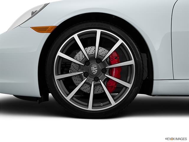2015 Porsche 911 Front Drivers side wheel at profile