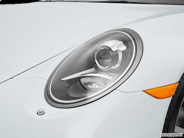 2015 Porsche 911 Drivers Side Headlight