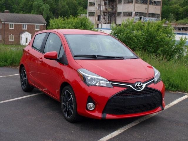 2015 Toyota Yaris Exterior