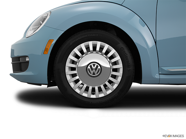 2015 Volkswagen Beetle Front Drivers side wheel at profile