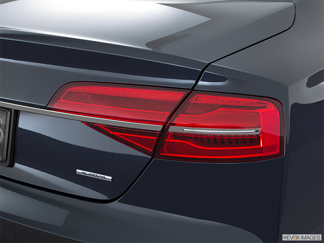 2016 Audi A8 L Passenger Side Taillight