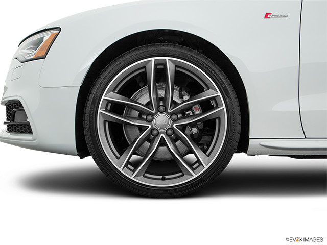 2016 Audi S5 Front Drivers side wheel at profile