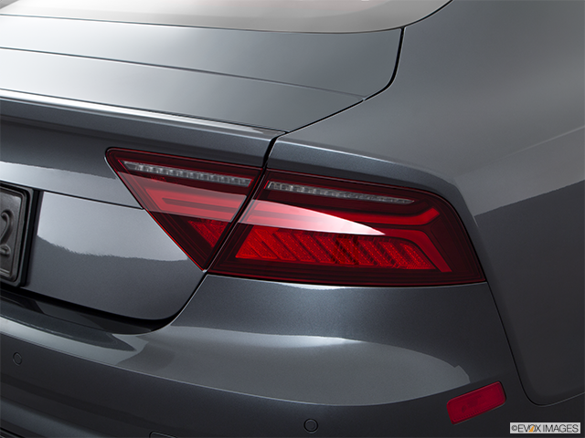 2016 Audi S7 Passenger Side Taillight