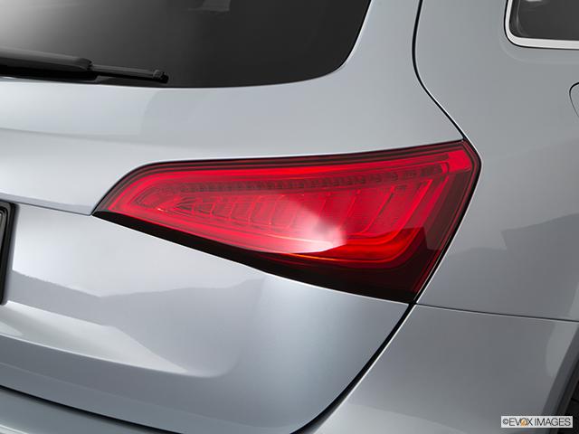 2016 Audi SQ5 Passenger Side Taillight