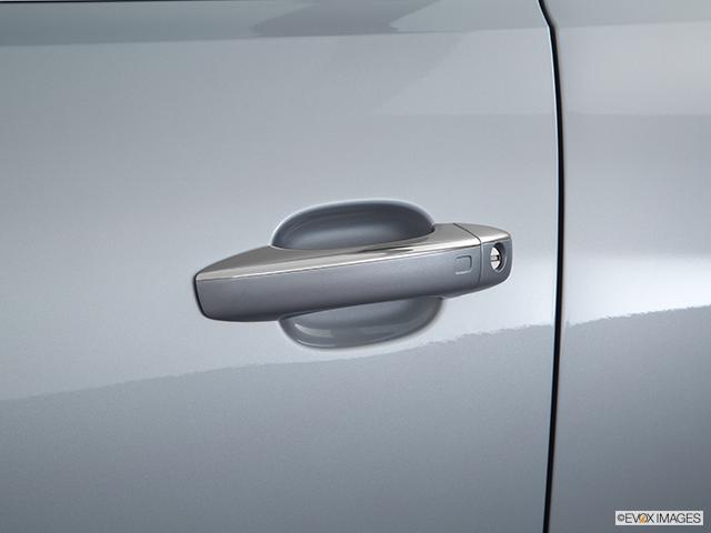 2016 Audi SQ5 Drivers Side Door handle