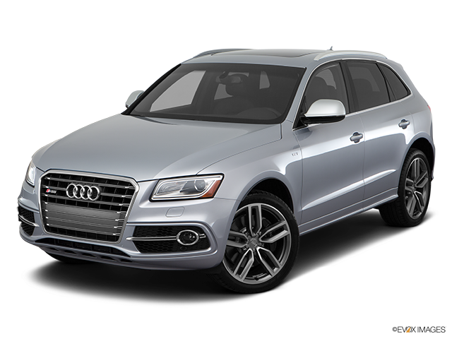 2016 Audi SQ5 Front angle view