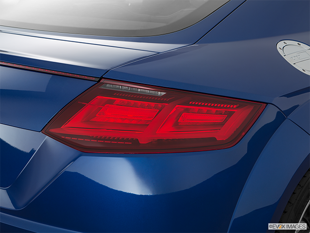 2016 Audi TTS Passenger Side Taillight