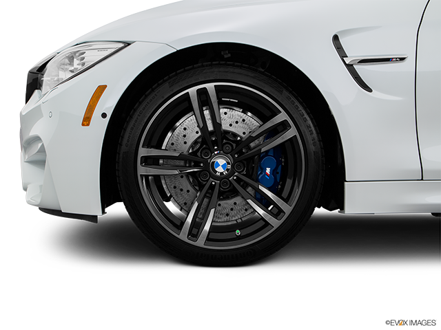 2016 BMW M4 Front Drivers side wheel at profile
