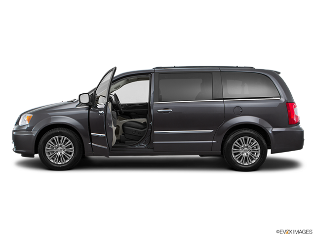 2016 Chrysler Town and Country Driver's side profile with drivers side door open
