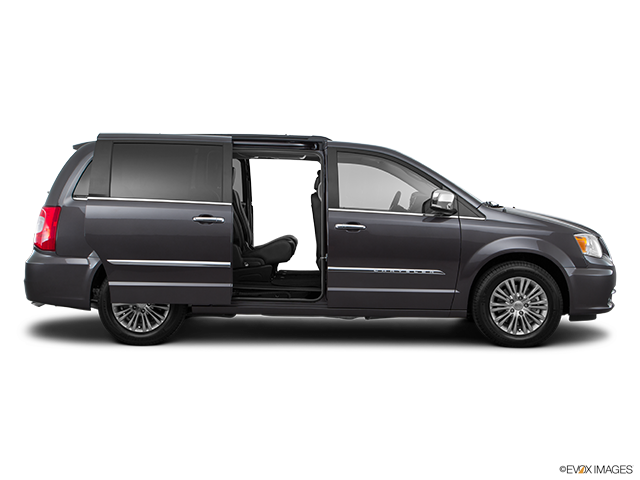 2016 Chrysler Town and Country Passenger's side view, sliding door open (vans only)