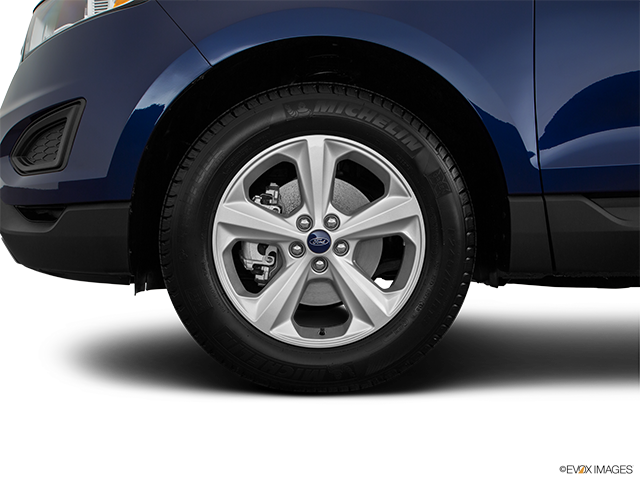 2016 Ford Edge Front Drivers side wheel at profile