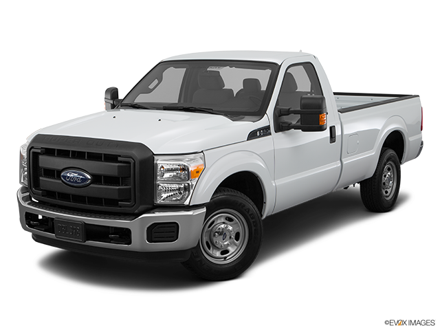 2016 Ford F-250 Super Duty Front angle view