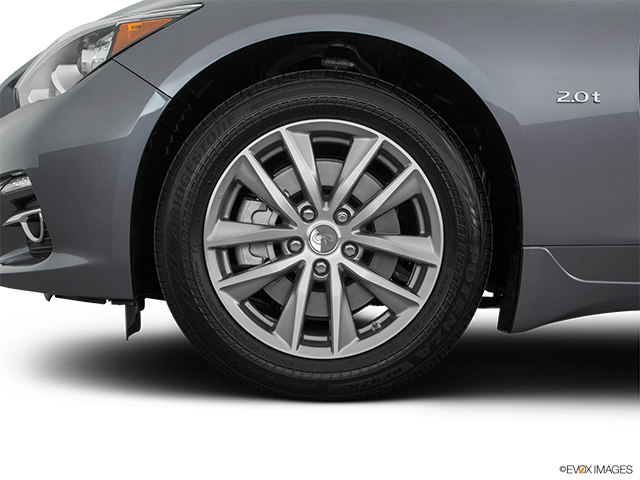 2016 INFINITI Q50 Front Drivers side wheel at profile