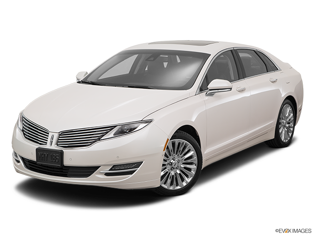 2016 Lincoln MKZ Front angle view