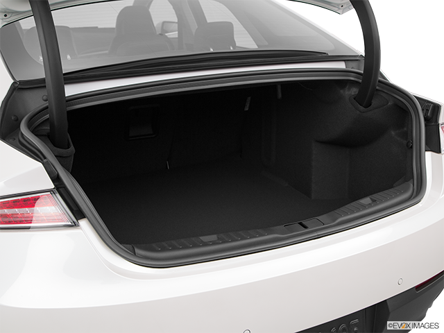 2016 Lincoln MKZ Trunk open