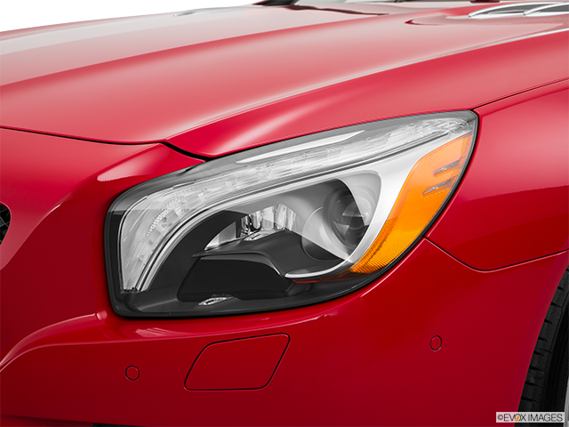 2016 Mercedes-Benz SL-Class Drivers Side Headlight