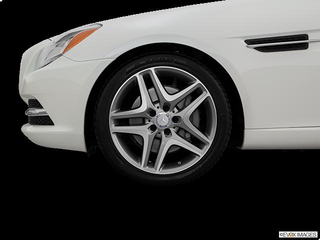 2016 Mercedes-Benz SLK Front Drivers side wheel at profile
