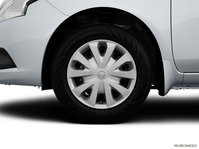 2016 Nissan Versa Front Drivers side wheel at profile