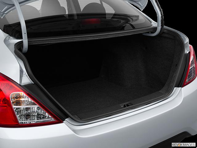 2016 Nissan Versa Trunk open