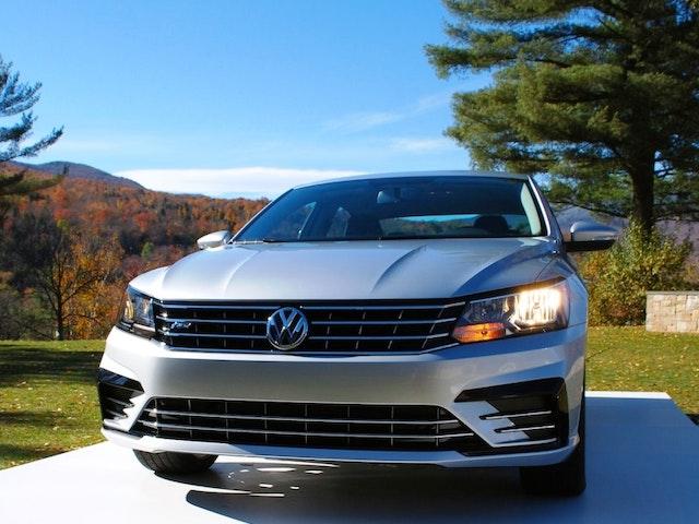 2016 Volkswagen Passat Exterior