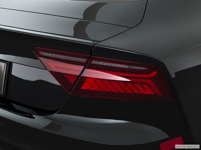 2017 Audi S7 Passenger Side Taillight