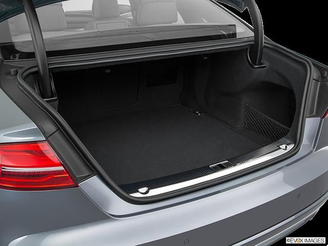 2017 Audi S8 plus Trunk open