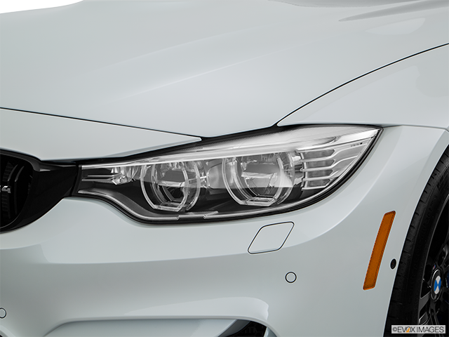 2017 BMW M4 Drivers Side Headlight