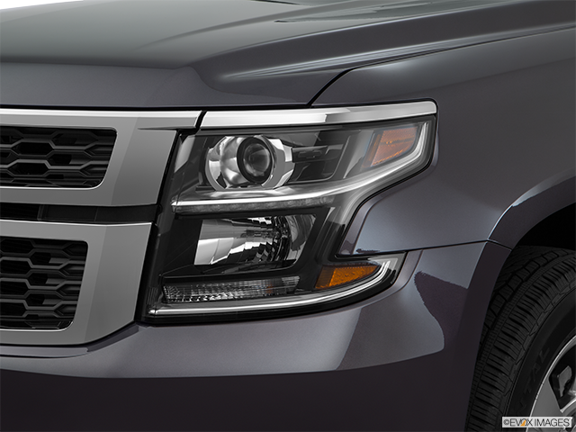 2017 Chevrolet Tahoe Drivers Side Headlight