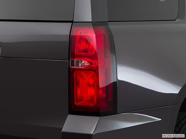 2017 Chevrolet Tahoe Passenger Side Taillight